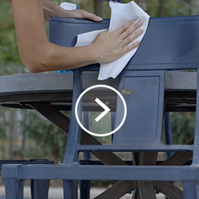 How to clean outdoor patio furniture with Viva Paper Towels.